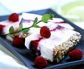 Raspberry cream cake with muesli base