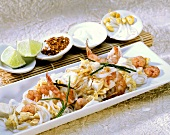 Rice noodles with tofu & shrimps (Pad Thai Gung Sott, Thailand)