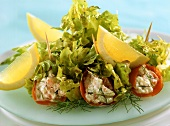 Filled salmon rolls with oak leaf lettuce