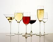 Diverse Getränke von Aperitif über Wein bis Digestif