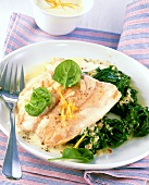 Salmon with spinach (low glycaemic index, high in protein)
