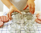 Draining rinsed preserving jars