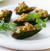 Cozze gratinate (Baked mussels with herbs, Italy)