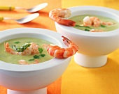 Creamed asparagus soup with shrimps