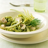 Green pasta with pike-perch fillet and fennel
