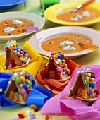 Pepper soup & gingerbread house for children's party