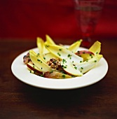 Chicory and apple salad with walnuts