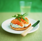 Toast with soft cheese & rocket and salmon