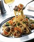 Spaghetti al salmone affumicato (Spaghetti with smoked salmon)