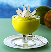 Crème de abacate (Avocado cream, Brazil)