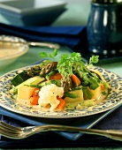 "Steamed vegetables, ""Gardener style"" with ham sauce"