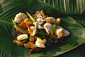 Yam talay (spicy seafood salad with chillies, Thailand)