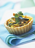 Mini-tartlet with courgettes, leeks and carrots