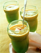 Cold curried courgette soup