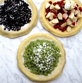 Sweet berry pizzas (unbaked)