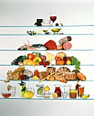 Food pyramid with food and drinks