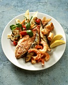 Fritto misto de mare (fried seafood on salad)