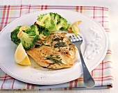 Chicken escalope with herbs & broccoli with almonds (GLYX diet)