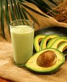 Batido de aguacate (sweet avocado milkshake, S. America)