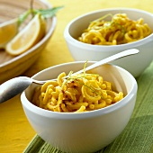 Sweet noodles with cinnamon and saffron (India)
