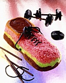 Cake in shape of a sports shoe