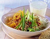 Raw vegetable salad with wholemeal bread and buttermilk
