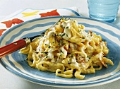 Spaetzle noodles with mushrooms and ham