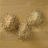 Three sorts of wholemeal flour (wheat, four-grain, six-grain)