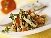 Mung beans with kohlrabi, tomatoes and peanuts