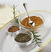 Spice mixtures for barbecuing