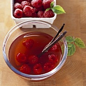 Raspberry vinegar with vanilla