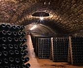 Einer der Wein-Tunnels von Ca'del Bosco, Lombardei, Italien