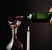 Decanting port into a decanter