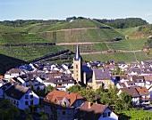 Der Weinort Dernau im Ahrtal, Deutschland