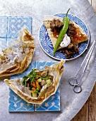 Kebap with yoghurt & flatbread and kebap in paper (Turkey)