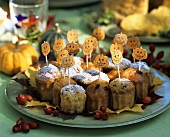 Amusing pumpkin muffins for Halloween