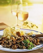 Beef ragout with chanterelles and ribbon pasta