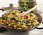 Paella de verduras (vegetable paella, Spain)