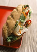 Banh mi (chicken sandwich, Vietnam)