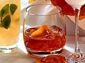 Italian drinks: Negroni and Bellini
