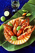 Boiled shrimps with limes