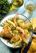 Potato and fennel salad with shrimps, basil and dill
