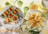 Chicory & melon salad; chicken kebab with vegetables, apples