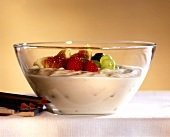 Fruit quark with figs, raspberries and grapes