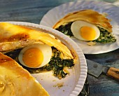 Vegetable tart with spinach, hard-boiled eggs & cheese