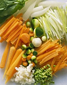 Vegetable slices and balls (carrots, courgettes)