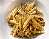 Pasta ai carciofi (Penne mit frischen Artischocken, Italien)