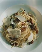 Spaghetti ai pomodori secchi (spaghetti with dried tomatoes)