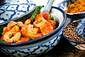 Turkey escalope from the wok with cashew kernels & coriander