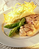 Veal sweetbread with green asparagus & mashed potato with lime